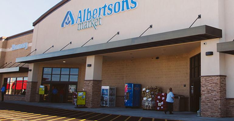 Albertsons expects strong 2Q comps, $9M loss