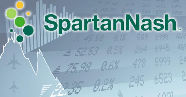 SpartanNash sales flat, earnings dip in 2Q