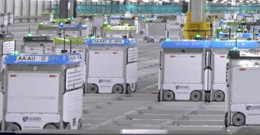 Kroger_Ocado_automated_warehouseC[1].png