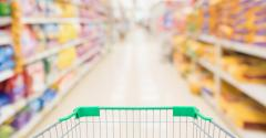 1054232132_supermarket shopping cart in petfood aisle_CK18.jpg