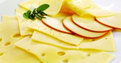 Cheese-small-GettyImages-135607033.jpg