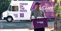Giant_Delivers_truck-delivery_man-RP3_Agency.jpg