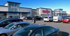 Meijer supercenter-Seven Hills OH-May2021.jpg