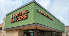 Natural_Grocers-corner_store.jpg