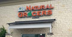 Natural_Grocers_store-sign.jpg