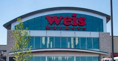 Weis_Markets_store_banner-Lower_Macungie_PA.jpg