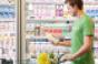 Instacart_shopper_in-store2.png