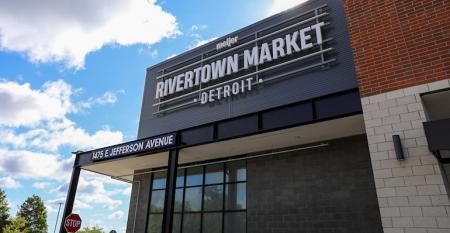 Meijer-Rivertown_Market-downtown_Detroit.jpg
