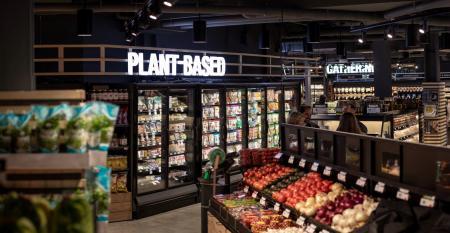 Plant-based_food_section_Giant_Heirloom_Market.jpg