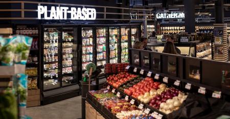 Plant-based_food_section_Giant_Heirloom_Market.png