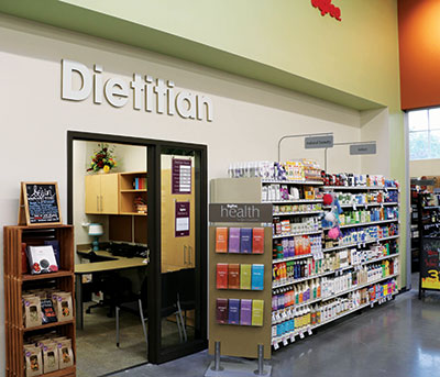 Like Hy-Vee's marketers, the chain's dietitians cater to a wide age range of consumers, which include Millennials and shoppers who are 60-plus years of age.