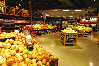 Signage plays up Strack & Van Til's locally grown produce.