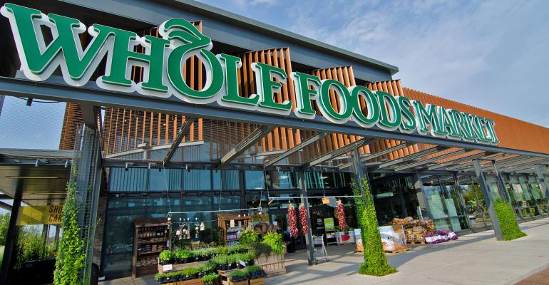 Whole Foods comp slide slows in Q3, earnings down on expenses