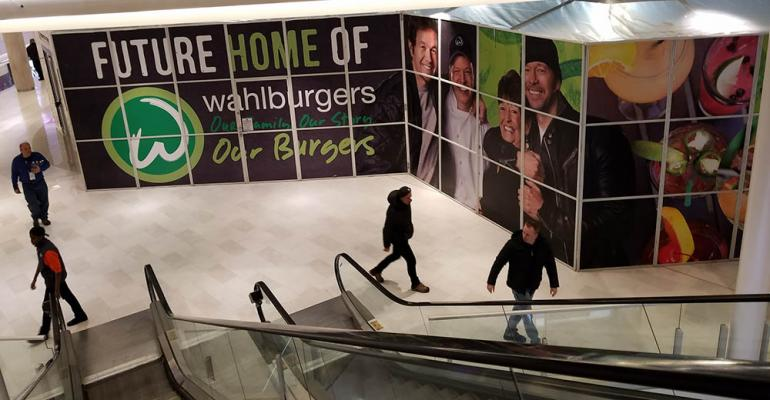 Wahlburges_site_Mall_of_America.jpg
