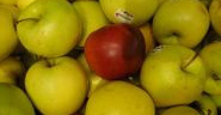 Apples Top Produce's Dirty Dozen List