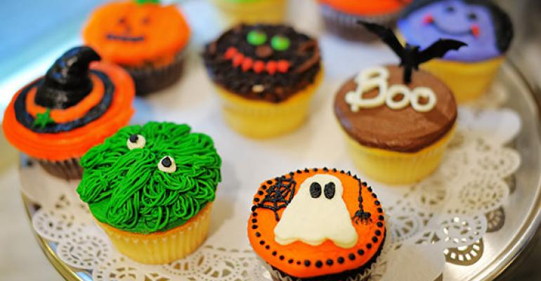 Retailers celebrate Halloween in the bakery