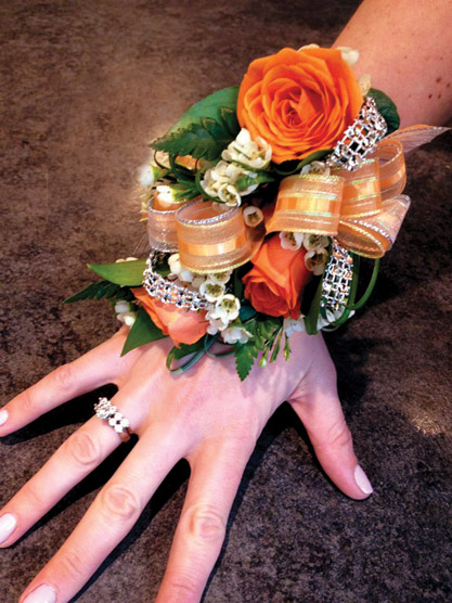 Jen Pizzutti S Winning Entry For A Facebook Corsage Contest