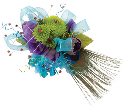 Florists At United Supermarkets Embellish Corsages With Rhinestones Featheretal Wire